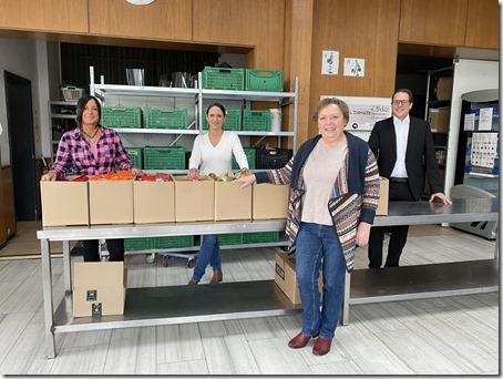 vlnr: Soledad Obregan, Tanja Engwicht, Claudia Manousek, Klaus Saedler; Foto VR Bank eG